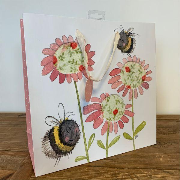 Bee-Gift-Bag.jpg